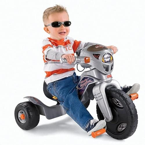 Fisher-Price Harley-Davidson Lights & Sounds Trike with Harley Davidson styling, adjustable seat, slip-resistant foot pedals, walkie talkie, flashing lights and cool sounds.