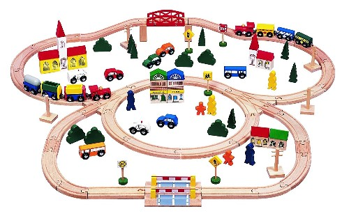 100 Piece Triple Loop Wooden Train Set