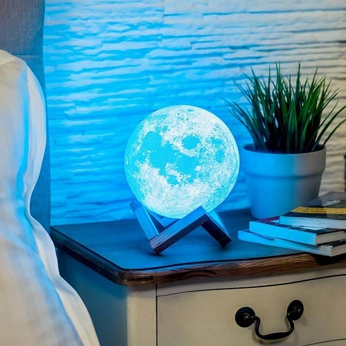 3D Moon Lamp with 3D print and color changing lights