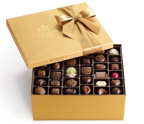 Godiva Chocolatier Classic Gold Ballotin 140 Count