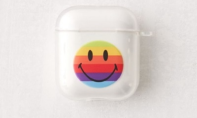 Chinatown Market X Smiley UO Exclusive Rainbow Smiley AirPods Case