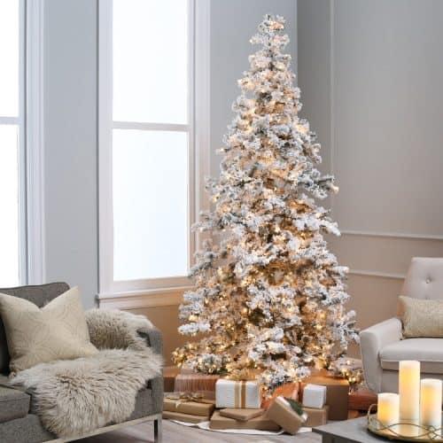 Heavy Flocked Spruce Christmas Tree
