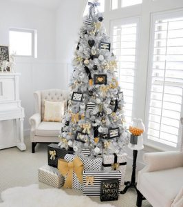 Gold Black and White Christmas Tree | Christmas Tree Ideas
