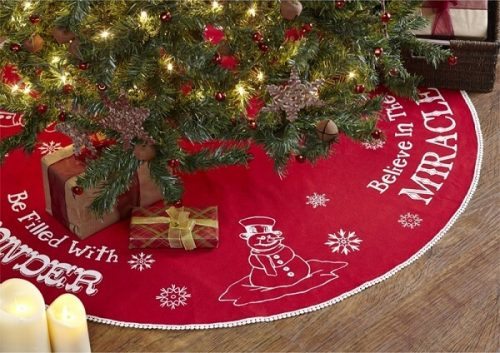 Snowman Christmas Tree Skirt | Beautiful Old Fashioned Christmas Tree Skirt with a Snowman, Snowflakes and Festive Sayings