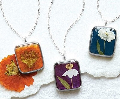Birth Month Flower Necklace - Gift Ideas for 50 year old women