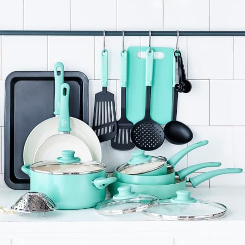 Turquoise Cookware Set - Gift for Women over 50 Who Love to Cook #giftguide