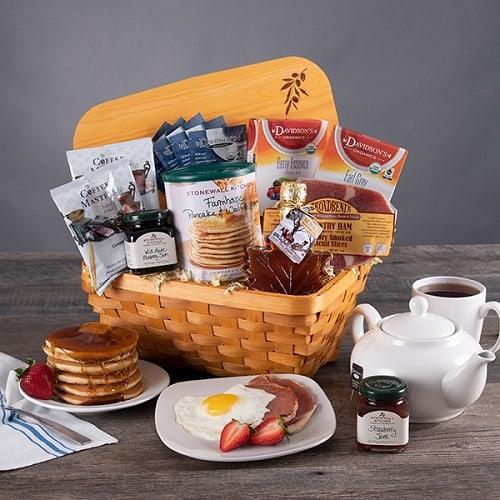 Valentine's Day Breakfast In Bed Gift Basket