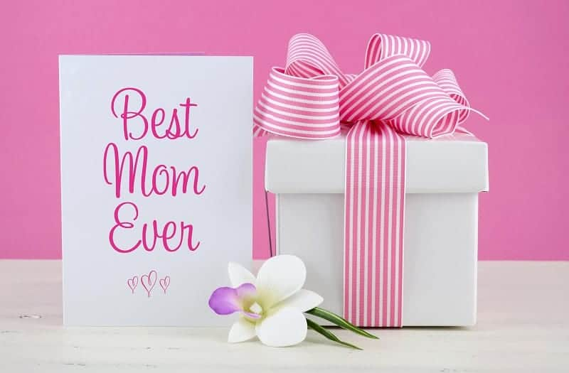 Beauty Gifts for Mom Under $50 • Absolute Christmas