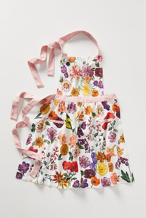 Pretty Floral Apron - Gifts for Mom