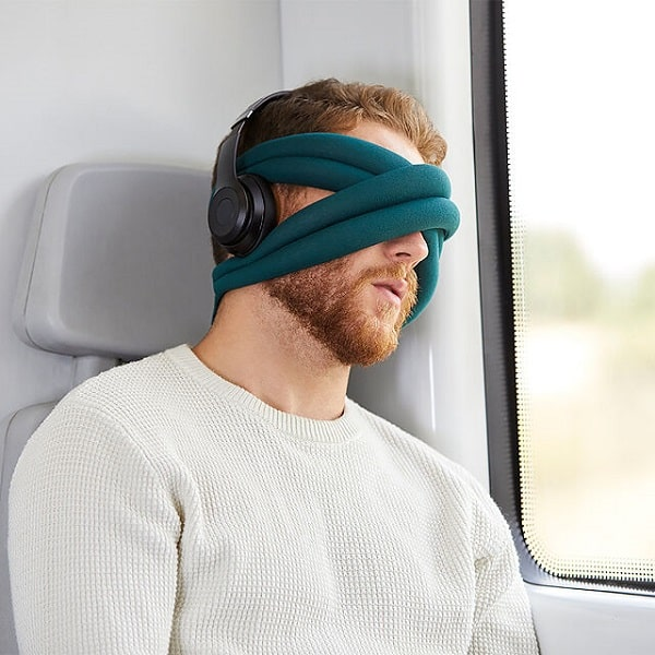 Loop Blackout Eyemask Pillow