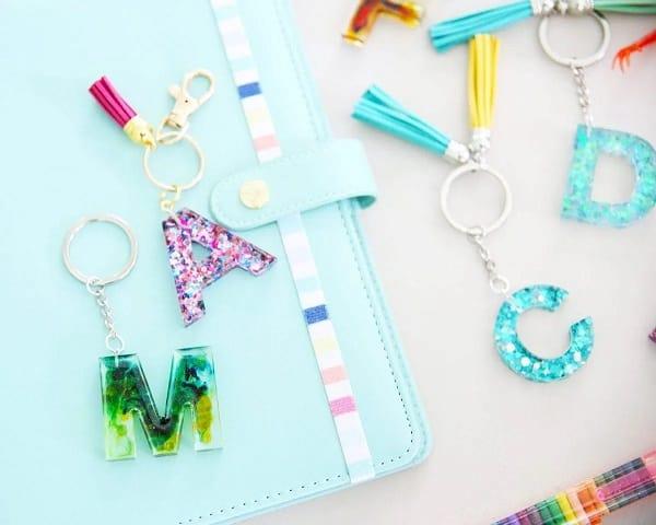 Resin Monogram Keychains - Homemade Gift Ideas for Moms