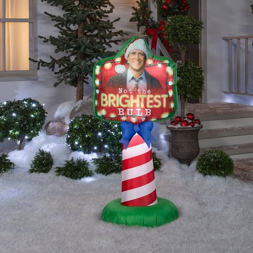 National Lampoon's Christmas Vacation Not The Brightest Bulb Inflatable