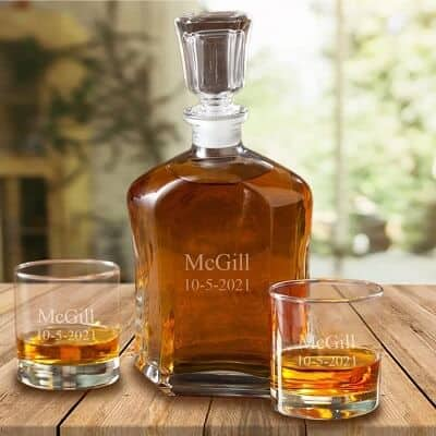 Personalized Decanter Set with 2 Whiskey Glasses