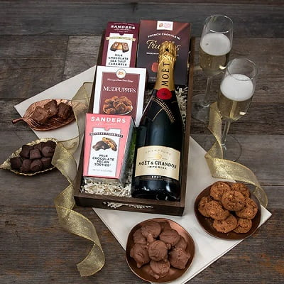 Moët Champagne & Chocolate Pairing