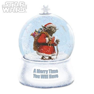 STAR WARS Yoda Christmas Glitter Globe With Lights