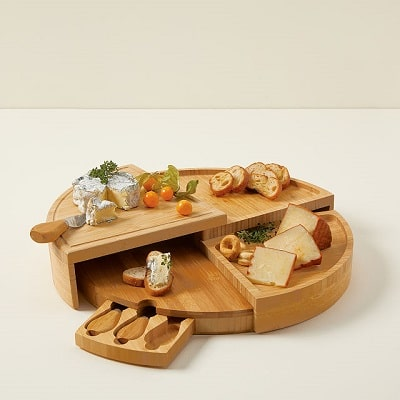 Swivel Cheese Board with Knives